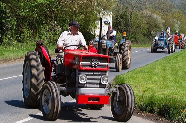 Image Gallery: North Cotswold Tractor Run 2016