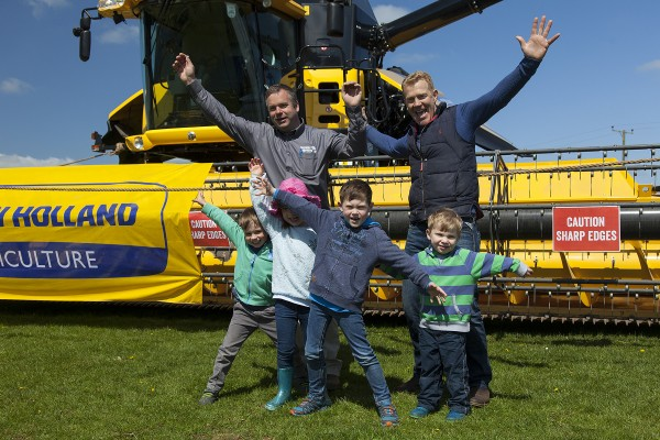 MeetMachinery-CotswoldPkFarm-May16-04