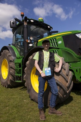 MeetMachinery-CotswoldPkFarm-May16-34